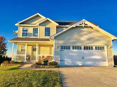 Saginaw MI Single Family Home For Sale: $187,000