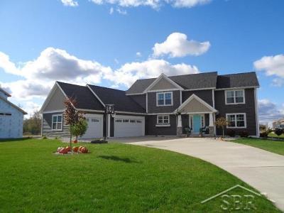 Freeland Single Family Home For Sale: 8415 Summer Ridge