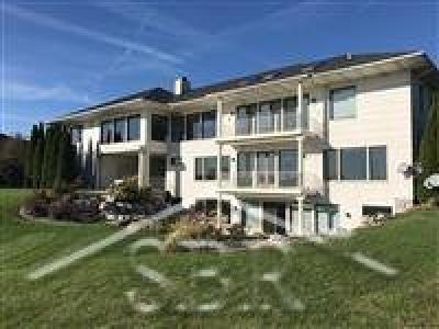 Freeland Single Family Home For Sale: 9 E Grove