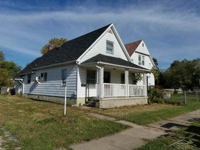 Saginaw Single Family Home For Sale: 2307 S Niagara