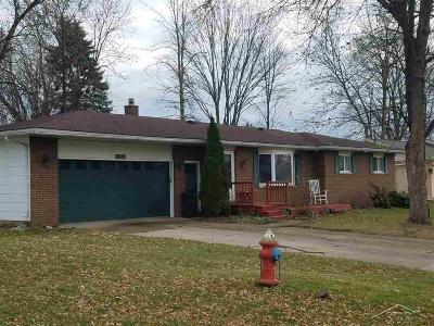 Saginaw Single Family Home For Sale: 4550 Bittersweet