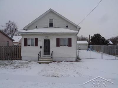 Carrollton Single Family Home For Sale: 2745 Eddy