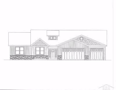Saginaw MI Single Family Home For Sale: $289,900