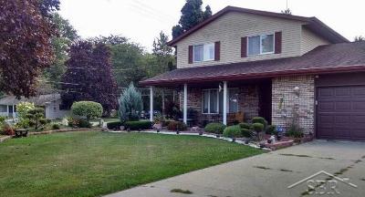 Saginaw Single Family Home For Sale: 13013 Gratiot