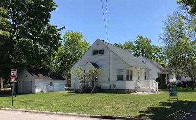 Saginaw Single Family Home For Sale: 120 Alice