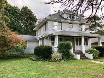 Saginaw Single Family Home For Sale: 2151 Gratiot