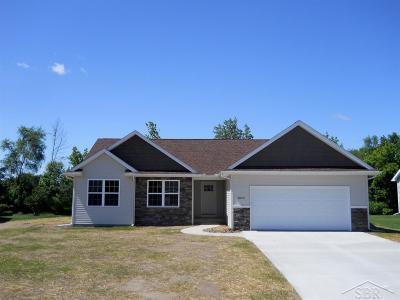 Saginaw Single Family Home For Sale: 7055 Albosta