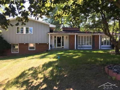 Saginaw Single Family Home For Sale: 2991 Midland Road
