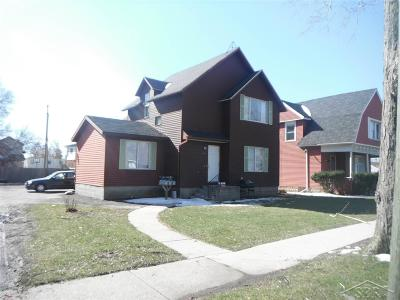 Saginaw MI Multi Family Home For Sale: $69,000