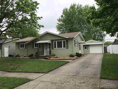 Saginaw MI Single Family Home For Sale: $79,000