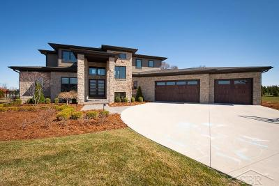 Saginaw Single Family Home For Sale: 6024 Heartwood Trail