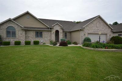 Saginaw Single Family Home For Sale: 4652 Persimmon Dr.