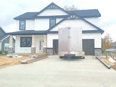 Freeland Single Family Home For Sale: 8470 Cottonwood