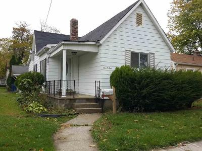 Bay City Single Family Home For Sale: 401 S Hampton