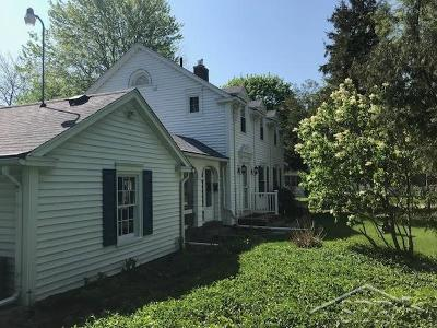 Saginaw Single Family Home For Sale: 1012 Ivy