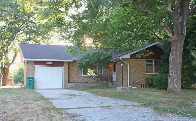 Bay City Single Family Home For Sale: 5098 Oakhurst Ct