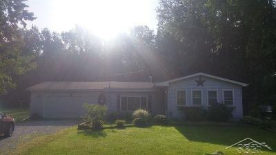 Bridgeport Single Family Home For Sale: 7585 Moorish