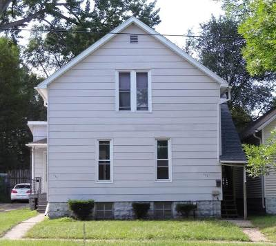 Bay City Multi Family Home For Sale: 111 W Thomas
