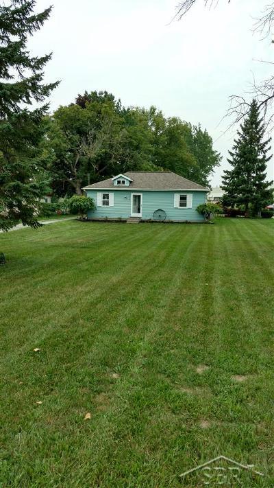 Saginaw MI Single Family Home For Sale: $56,500