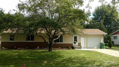 Bay City Single Family Home For Sale: 5435 Maxine Court