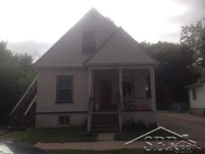 Saginaw Multi Family Home For Sale: 516 N Porter