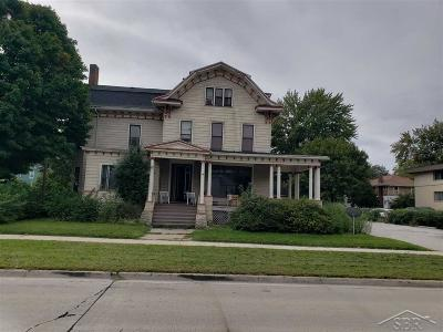 Bay City Multi Family Home For Sale: 1112 Center