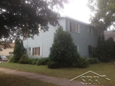 Saginaw Multi Family Home For Sale: 1202 S Michigan