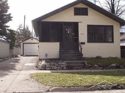 Saginaw Single Family Home For Sale: 1115 Ames
