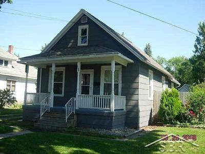 Saginaw Single Family Home For Sale: 1708 Vermont
