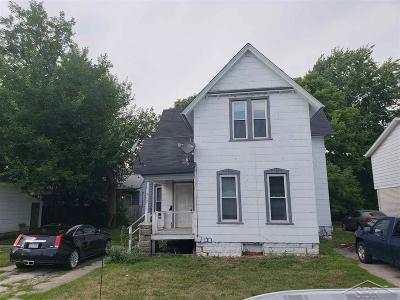 Saginaw Multi Family Home For Sale: 407 N Porter