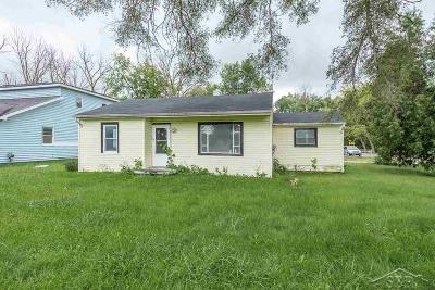 Saginaw Single Family Home For Sale: 2210 Allison St