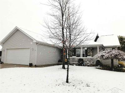 Freeland Single Family Home For Sale: 8422 Goldfinch
