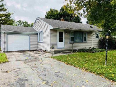 Saginaw MI Single Family Home For Sale: $59,000