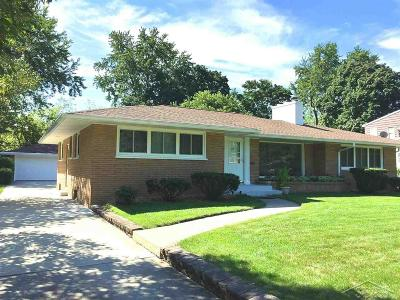 Saginaw Single Family Home For Sale: 77 Benton