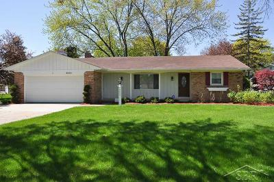 Saginaw Single Family Home For Sale: 4099 S Wayside Dr.