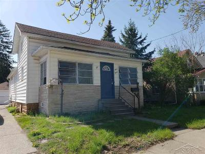 Saginaw Single Family Home For Sale: 1515 N Carolina