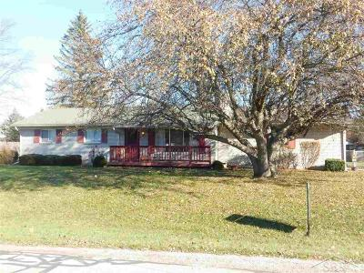 Saginaw Single Family Home For Sale: 1350 McDivitt