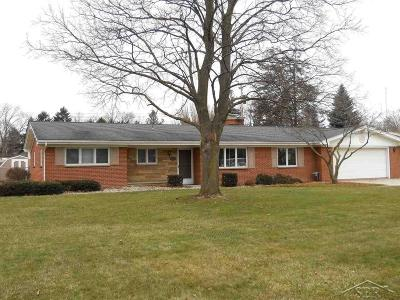 Saginaw Single Family Home Keep Showing-Contgcy Appl: 1851 Wenonah Lane