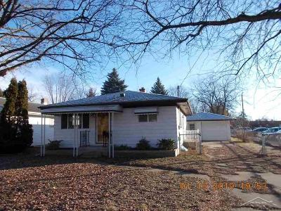 Saginaw MI Single Family Home For Sale: $41,000