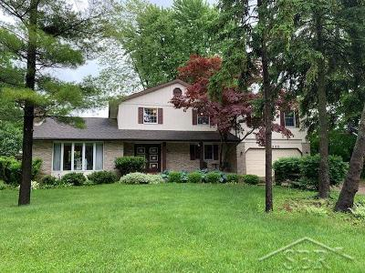 Saginaw Single Family Home For Sale: 3230 Delevan