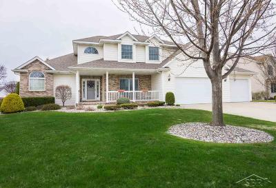 Saginaw Single Family Home For Sale: 7112 Spring Lake Trail