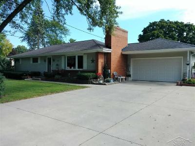 Saginaw Single Family Home For Sale: 1450 Sauk Lane