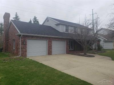 Saginaw MI Single Family Home For Sale: $189,900