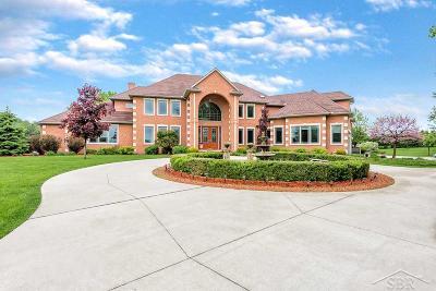 Saginaw Single Family Home For Sale: 4212 Teakwood