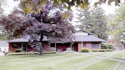Saginaw Single Family Home For Sale: 13 E Hannum