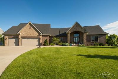 Saginaw Single Family Home For Sale: 6081 Heartwood Trail