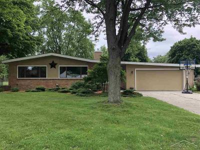 Bay City Single Family Home For Sale: 2710 Pasadena Dr