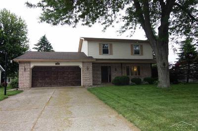 Saginaw MI Single Family Home For Sale: $164,900
