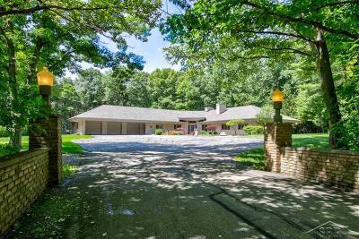 Saginaw Single Family Home For Sale: 10145 Thomas Woods