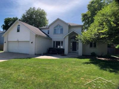 Saginaw Single Family Home For Sale: 1373 Angela Dr W